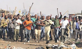 South African mob kills two Nigerians