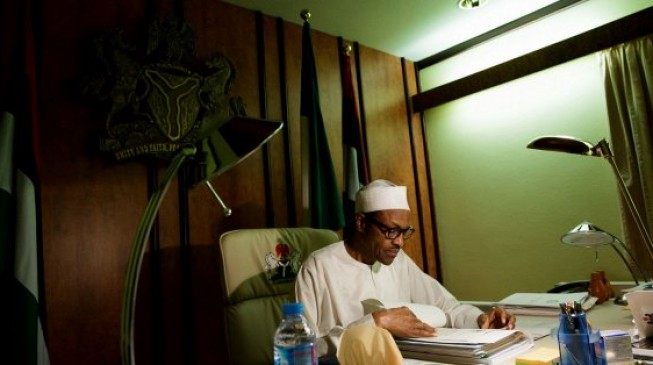 Buhari directs Osinbajo to sign 2017 budget