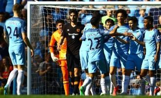 Iheanacho stars as Man City defeat Hull
