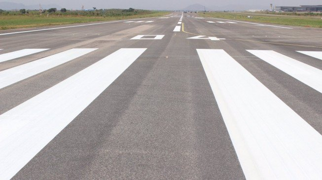 Nigerian airport reopens after runway repairs