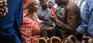 Osinbajo storms Abuja market, interacts with traders