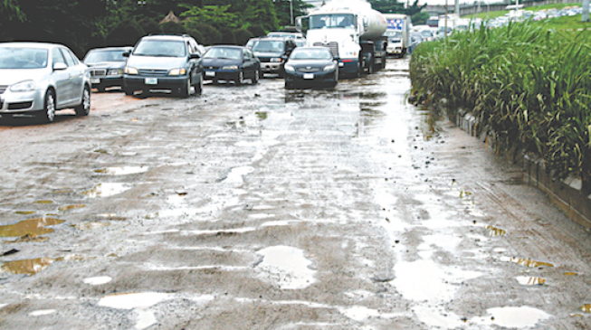 After Fashola, Ambode row, Osinbajo gives Lagos approval to repair airport road