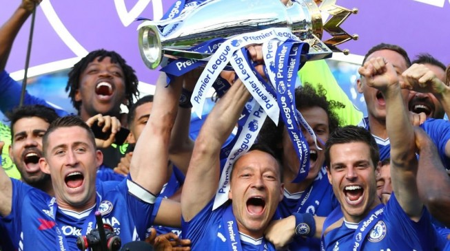 John Terry's contract Expires this summer with Chelsea