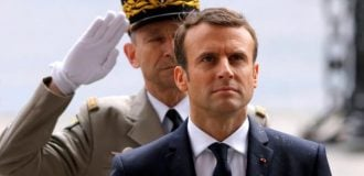 Macron rejects Trump's call to isolate Iran