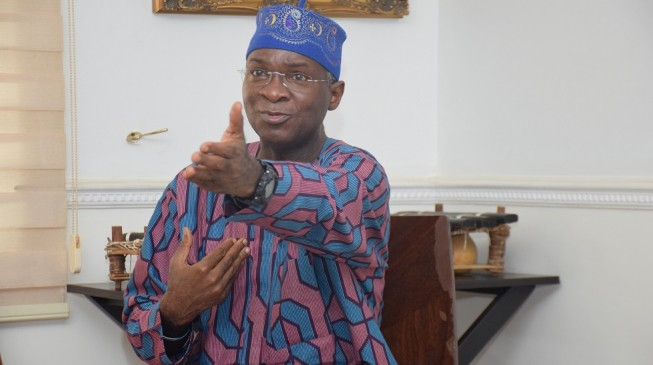 Fashola: Nigeria in trouble if lawmakers don't understand difference between cash and budget