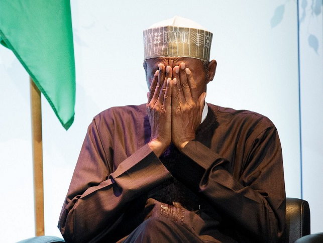 Buhari prays 2