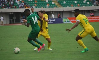S'Africa end Rohr's unbeaten run with 2-0 win over Eagles