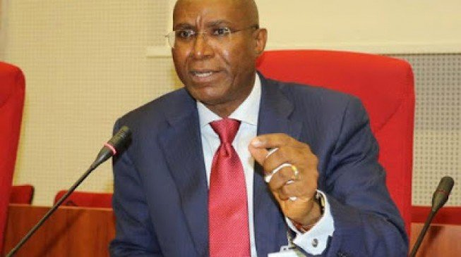 Senators Adamu, Omo-Agege, others risk suspension for 'supporting' Buhari