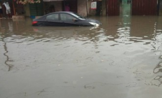 Voters, LASIEC officials stranded as flood takes over parts of Yaba