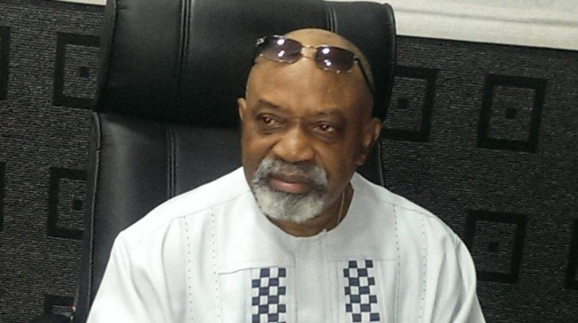 Ngige: Nigerians should be clapping for Buhari's government on a daily basis