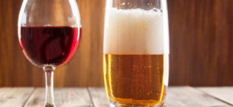 Heavy drinking, long-term abstinence increase dementia risk, says study