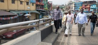 FG begins emergency repair of Lagos roads, bridges