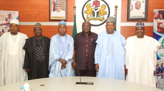 We are one, says Ikpeazu as he receives northern colleagues