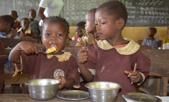 Osun school feeding programme going well — but under threat from vendors, teachers