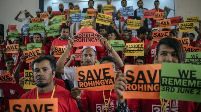 Britain, France & Australia urge Myanmar to end military violence against Rohingya Muslims