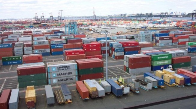 Customs seizes 1,100 illegal firearms at Lagos port