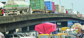 Truck drivers ordered to stay away from Lagos