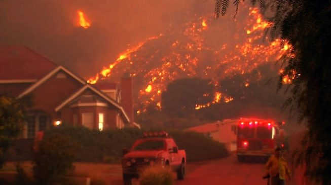 Fire destroy 3,500 homes in California