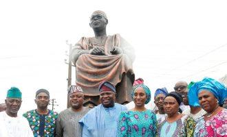 On Ambode's Awolowo statue