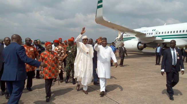 PHOTOS: Governors, traditional rulers receive Buhari at Enugu airport