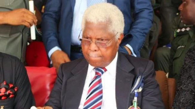 Alex Ekwueme Dies in London Hospital