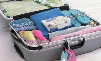 How to pack light and smarten up your business trip