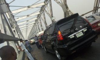 Travellers stranded as Delta shuts Niger bridge over LG election