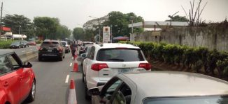PHOTOS: Petrol queues return to Lagos
