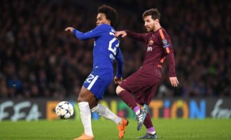 Barcelona hold Chelsea, Bayern hit five