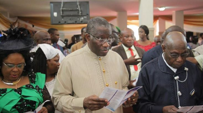 Jonathan, Obasanjo sit side by side in church