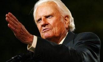 Billy Graham, renowned US evangelist, dies at 99