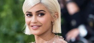 The power of Kylie Jenner! After tweeting about ditching Snapchat, app loses $1.3bn