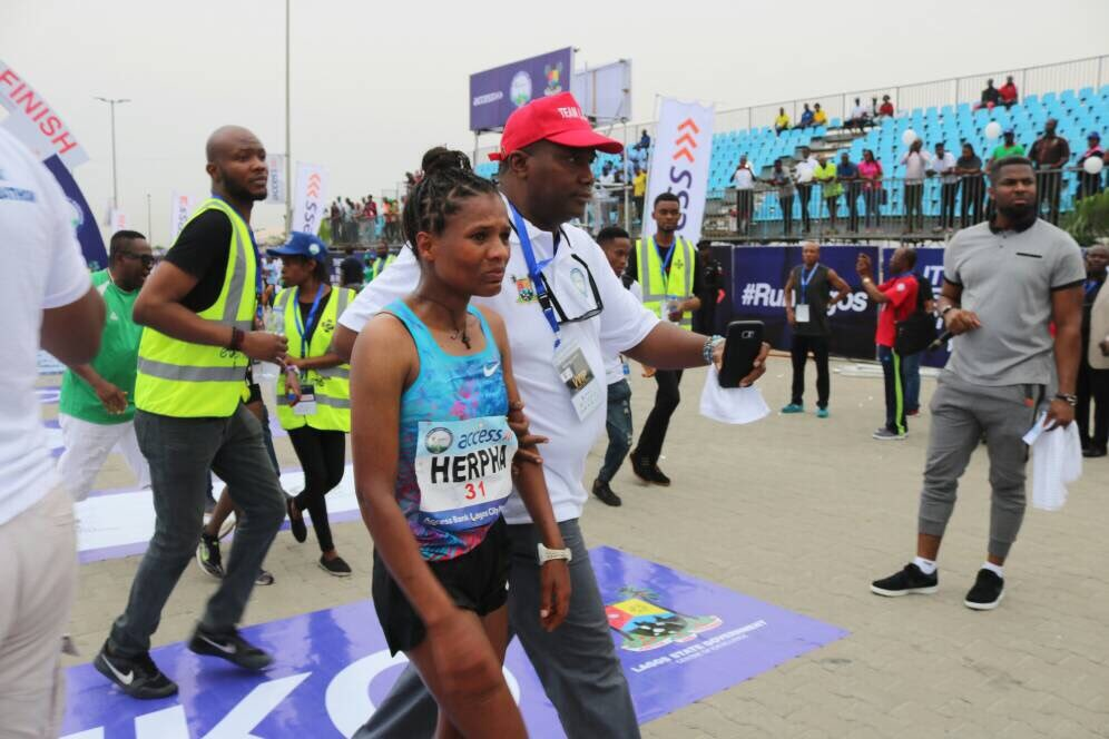 Access Bank/Lagos City Marathon: Participants defy early morning downpour