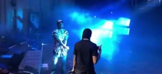 WATCH: Wizkid joins Davido on stage again — after signing artiste he 'met on Instagram'