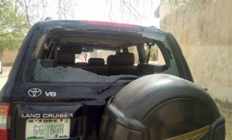 How aggrieved residents stoned Yobe governor in Dapchi