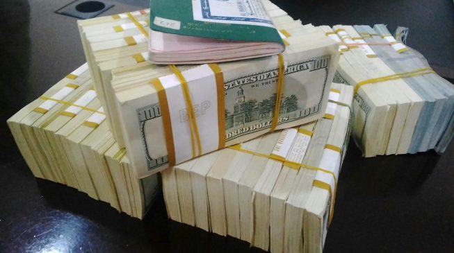 CBN orders banks to sell FX to travellers over the counter