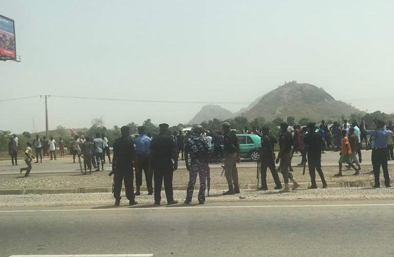 Image result for Indigenes protest demolition of Gosa market in Abuja