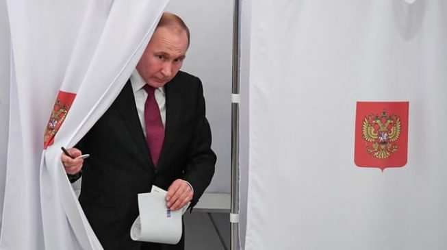 Putin wins another 6 years as Russian leader