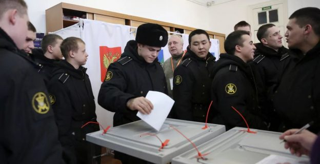 Russians go to the poll to elect new president