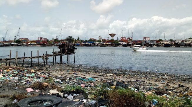 Lagos: Mega city or mega slum?