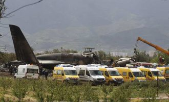 '257 killed' as Algeria military aircraft crashes