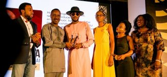 PHOTOS: 2baba, Timi Dakolo recieve honorary awards at EiE fundraiser