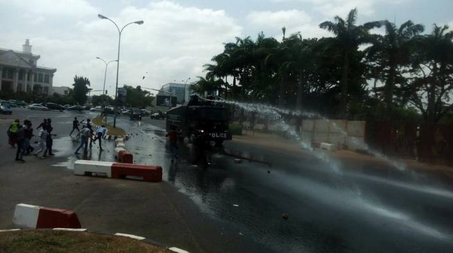 'One killed' as police, Shi'ites clash in Abuja