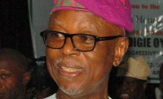 Oyegun withdraws from APC chairmanship race, says 'I don't want to be a problem'