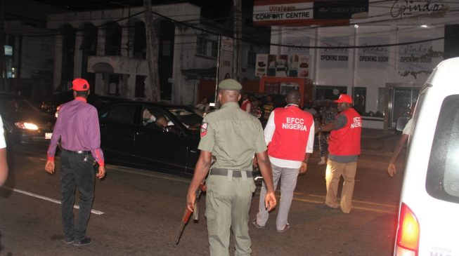 EFCC raids top club in Lagos, arrests 12 'fraudsters'