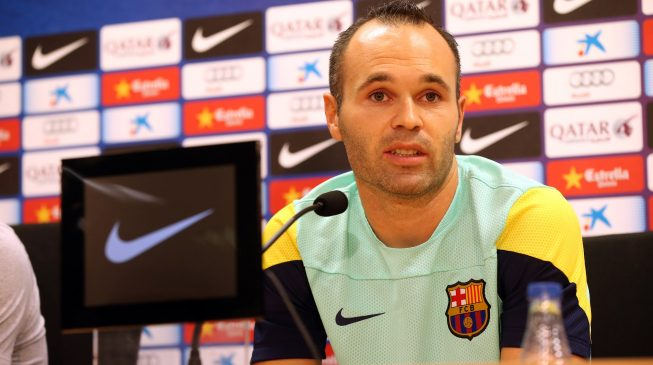 Iniesta to continue professional career either in Japan or China
