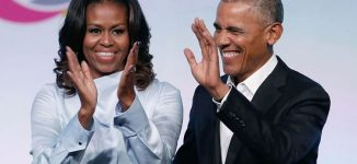 Michelle and Barack Obama sign deal to make films for Netflix