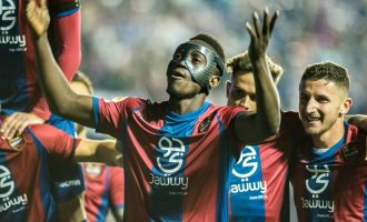 Levante defeat Barcelona to end unbeaten run