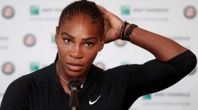 Serena Williams withdraws from French Open before showdown with Sharapova