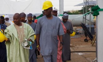 There'll be an alternative in 72 hours, says Fashola on collapse of Mokwa-Jebba bridge